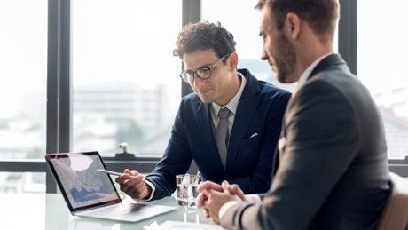 مدیران چگونه میتوانند با گفتگو کوچینگی موجب پیشرفت کارمندان خود شوند؟